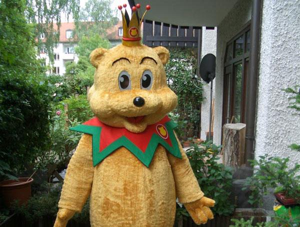 Pombär, ein Bärenkostüm aus Plüsch für Veranstaltungen, Präsentationen und Kinderfeste.